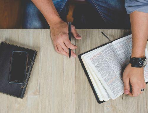 Adventskerkleden schrijven mee aan de Zwolse Bijbel